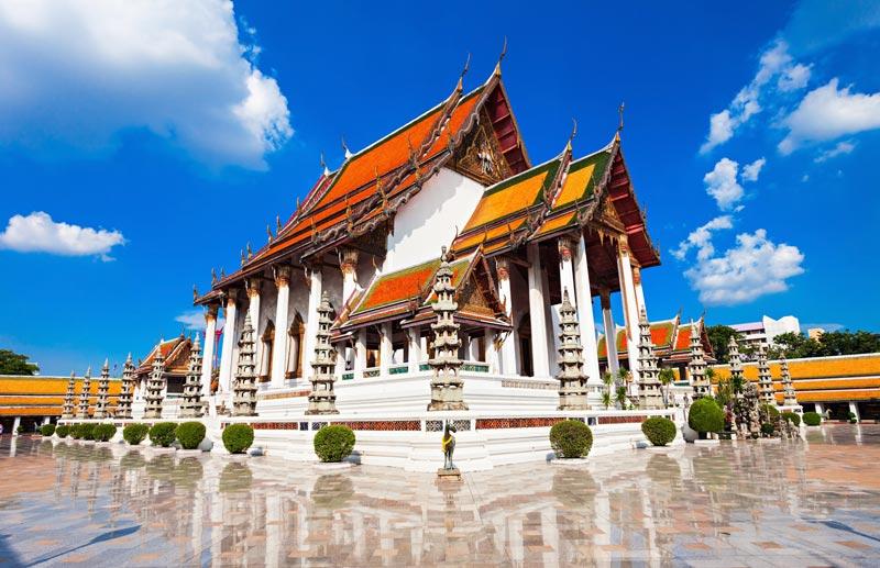 Wat Suthat Thepwararam Ratchaworamahawihan & The Giant Swing