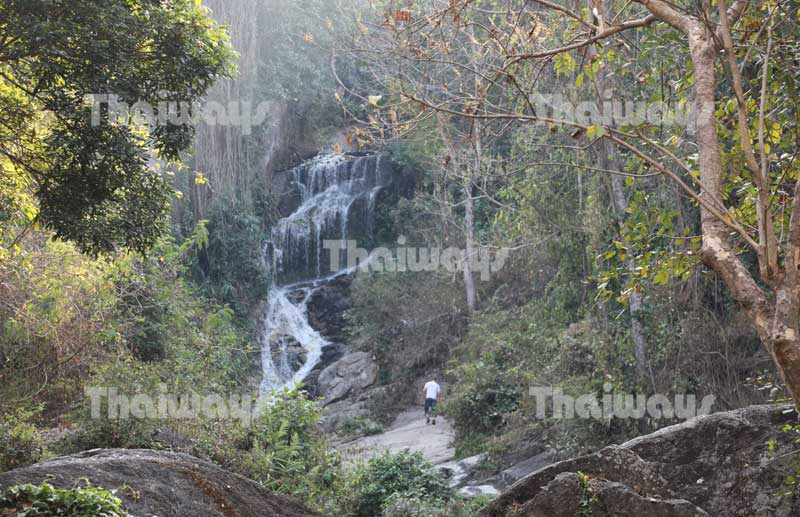 huai-kaeo-falls-by-tw-03