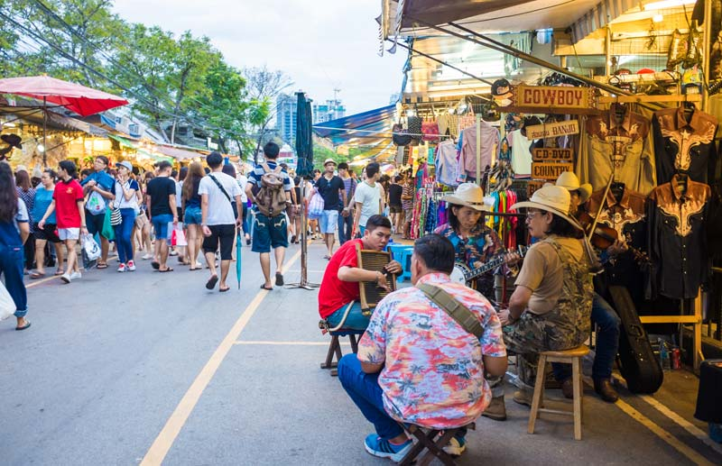 Click to enlarge image 123-tw-chatuchak-market-01.jpg