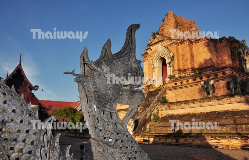 wat-chedi-luang-by-tw-03