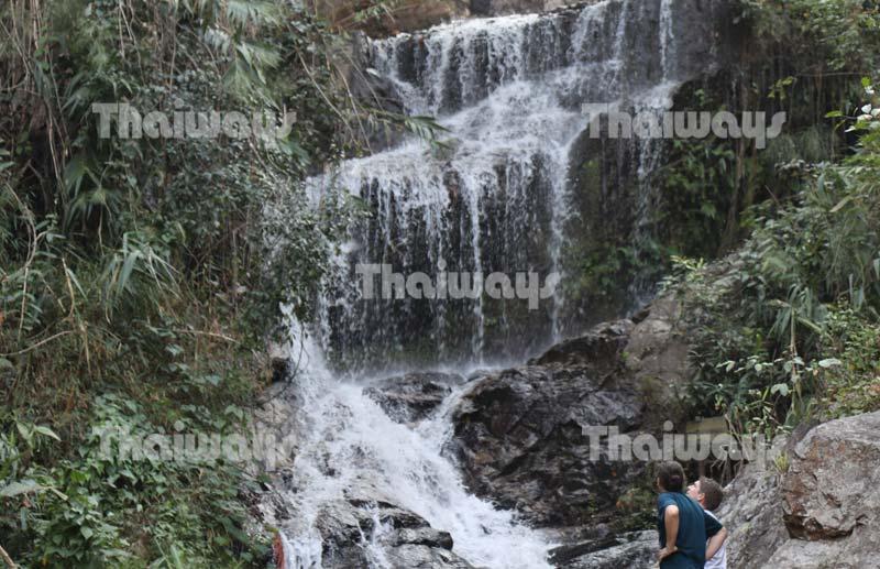 huai-kaeo-falls-by-tw-02