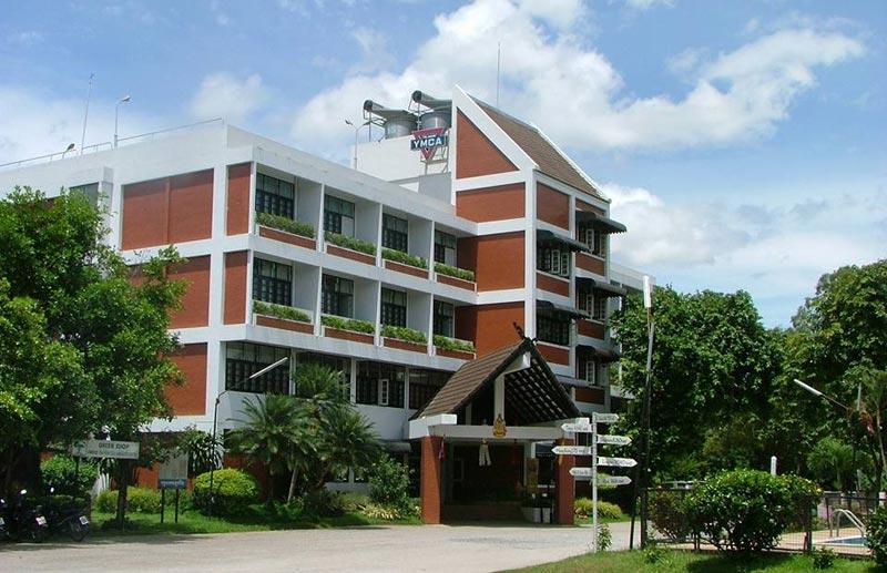 ymca-international-hotel-chiangrai-01