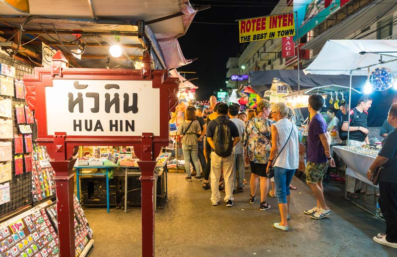 hua-hin-night-market-by-123-tw-01