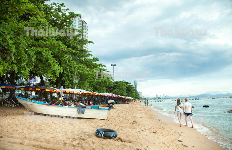 jomtien-beach-by-tw-02