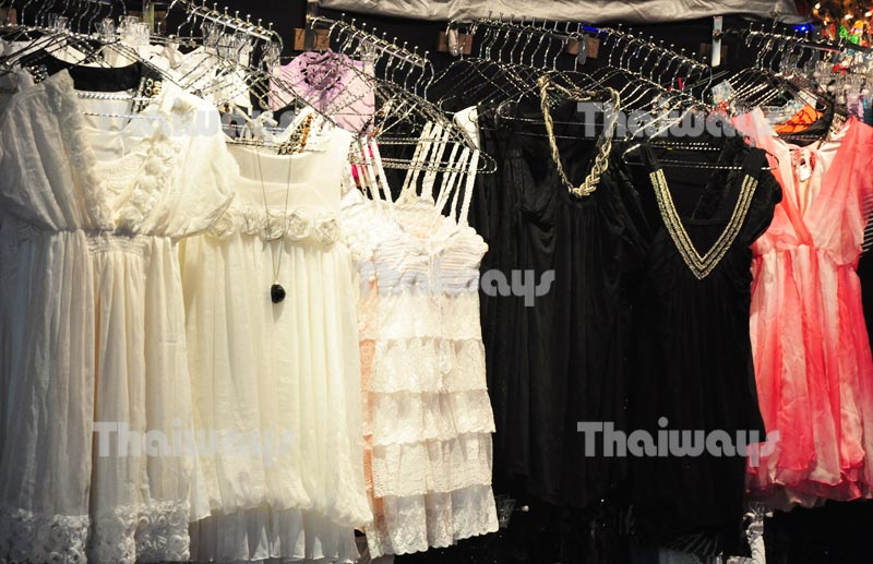 Click to enlarge image pattaya-shopping-by-tw-01.jpg